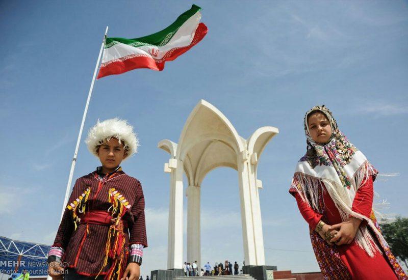 گزارشی از مراسم های بزرگداشت ۲۸۵مین سالگرد تولد مختومقلی فراغی در ترکمن صحرا