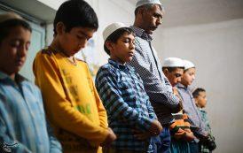 آیینهای ماه مبارک رمضان در بین ترکمنها/ برگزاری نماز تراویح و سنت دوستی برای رفع کدورت ها