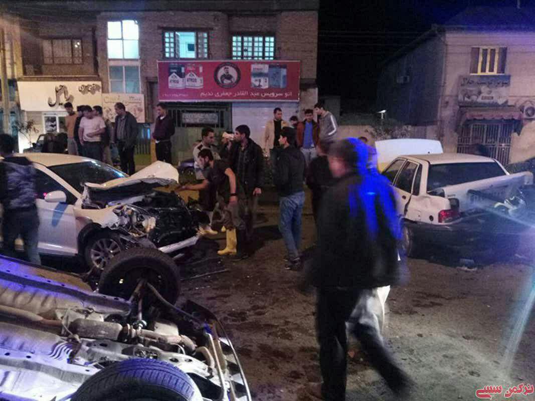 تصادف زنجیرهای مرگبار در بندرترکمن / درگذشت مربی ارزشمند و با اخلاق کاراته شهرستان ترکمن