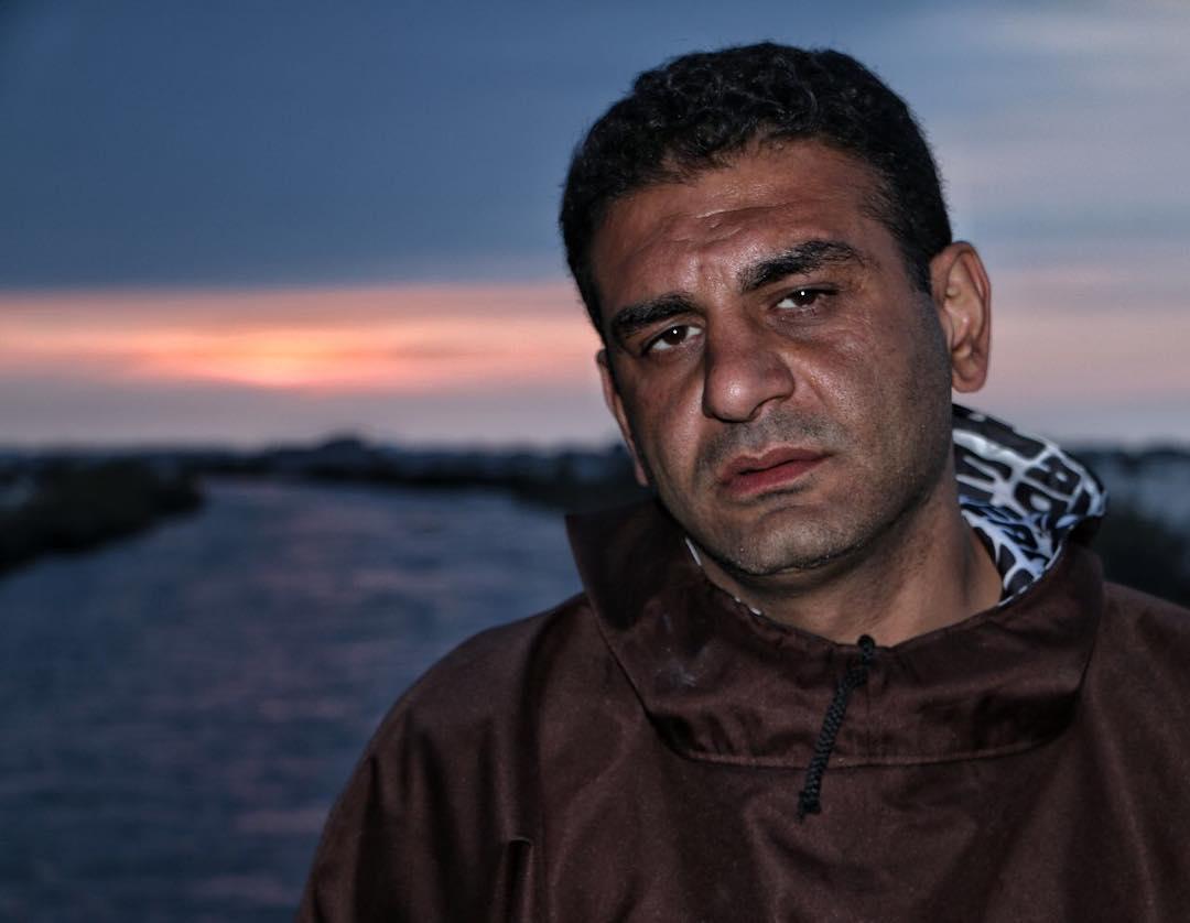 پوریا تابان مرد خستگی ناپذیر و کمک یار مردم سیلزده ترکمن صحرا