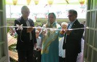 زوج پزشک گنبدی یک مدرسه دو کلاسه روستایی ساختند