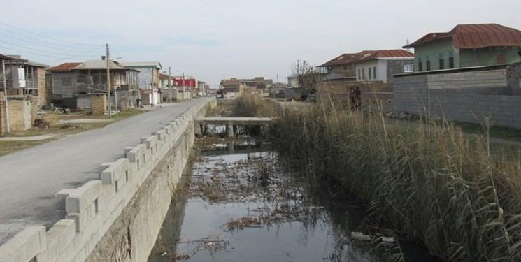 کانال داخل شهر گمیشتپه